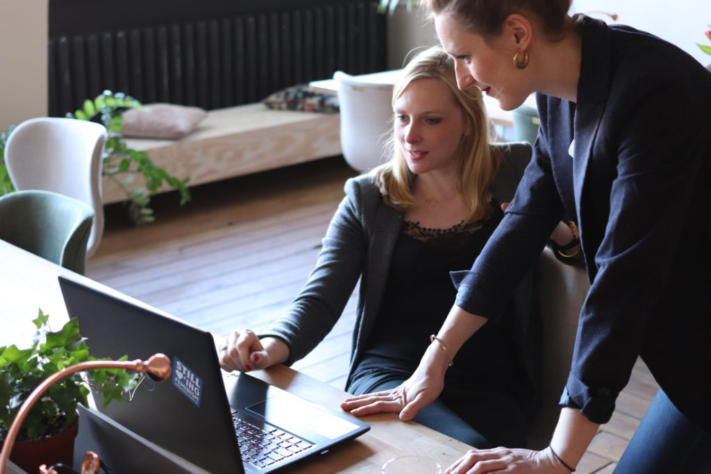 woman leading her team with insights discovery communication skills